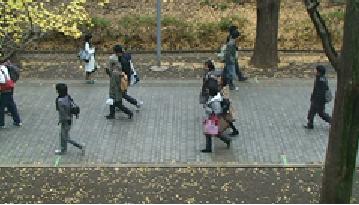 http://www.kurume-it.ac.jp/news/%E7%84%A1%E9%A1%8C.png