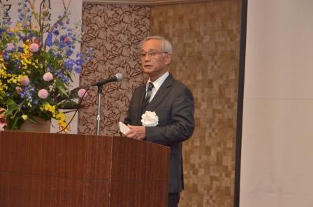 http://www.kurume-it.ac.jp/news/%E7%90%86%E4%BA%8B%E9%95%B7%E6%8C%A8%E6%8B%B6.JPG