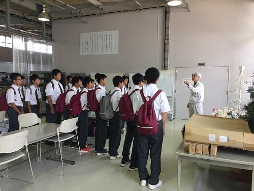 http://www.kurume-it.ac.jp/news/%E7%A8%B2%E7%AF%893.JPG