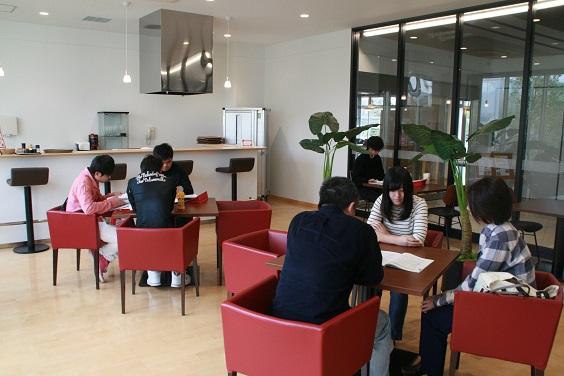 http://www.kurume-it.ac.jp/news/11IMG_3463.JPG