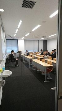http://www.kurume-it.ac.jp/news/DSC_9101%20-%20%E3%82%B3%E3%83%94%E3%83%BC.JPG
