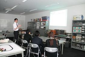 http://www.kurume-it.ac.jp/news/IMG_3030111.JPG