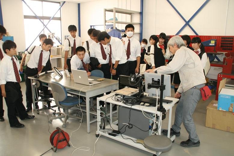 http://www.kurume-it.ac.jp/news/IMG_3435.JPG