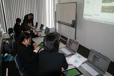 http://www.kurume-it.ac.jp/news/IMG_3738.JPG
