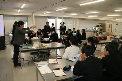 http://www.kurume-it.ac.jp/news/IMG_3789.JPG
