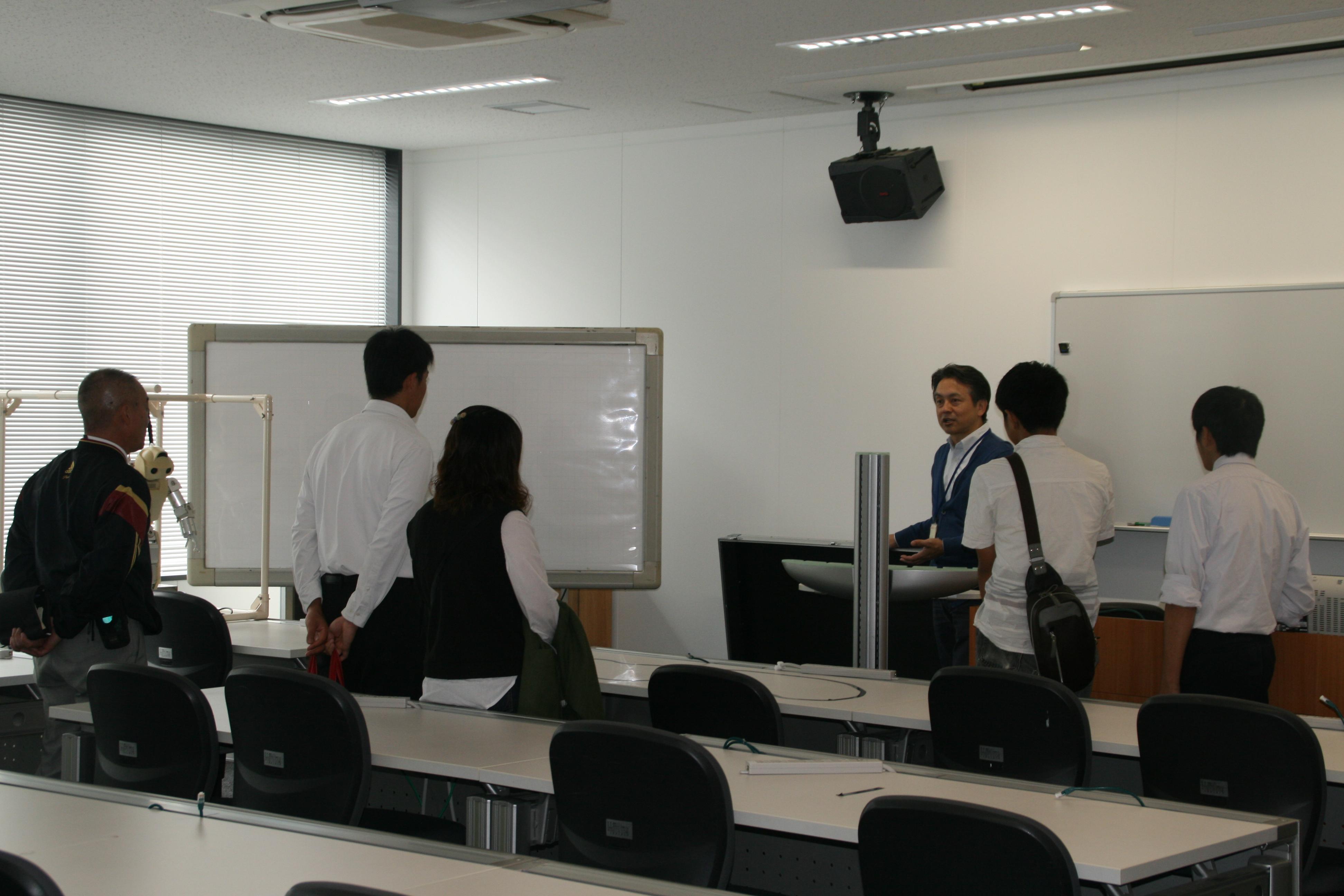 http://www.kurume-it.ac.jp/news/IMG_4480.JPG