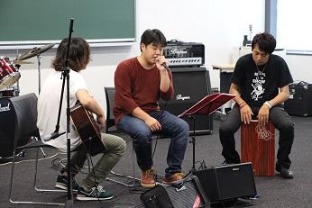 http://www.kurume-it.ac.jp/news/IMG_7920.JPG