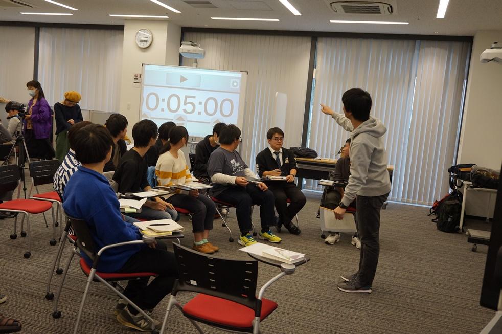 http://www.kurume-it.ac.jp/news/Libkuru/02.jpg