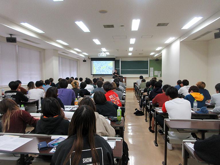 https://www.kurume-it.ac.jp/news/kougi.jpg