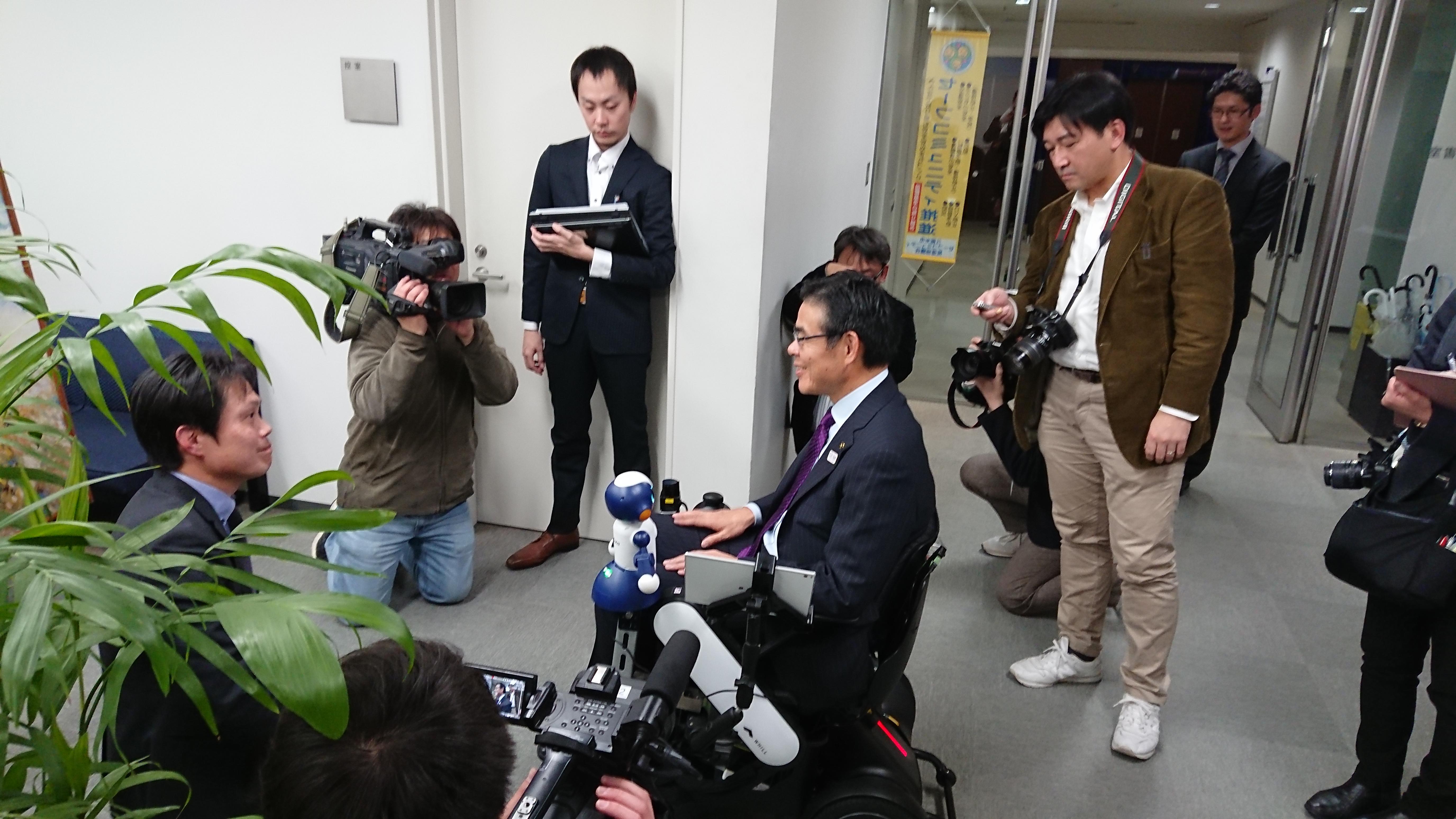 http://www.kurume-it.ac.jp/news/pdf/DSC_0598.JPG